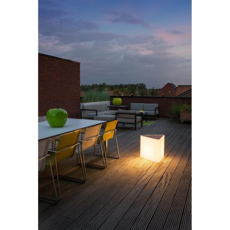 mobile outdoorleuchte kenga wei. Black Bedroom Furniture Sets. Home Design Ideas